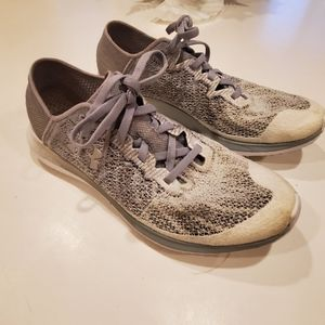 Under Armour running shoes size 9